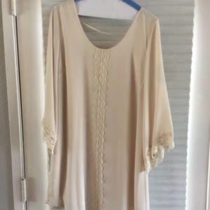 ASTR Nude/Ivory Tunic Top